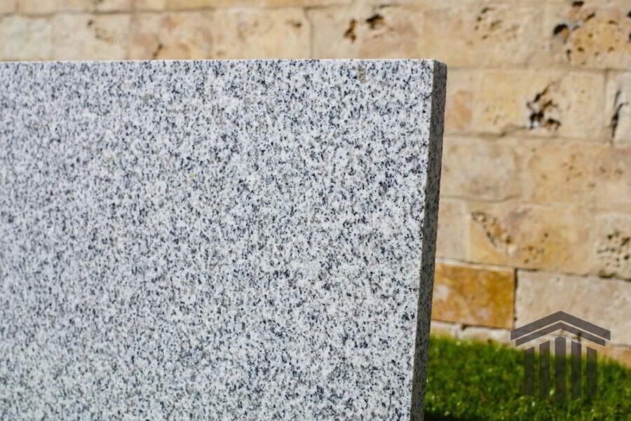 Granit Gri Oriental Fiamat piatra online